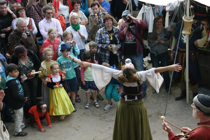 img_0100-burg-und-klosterfest-oybin-2013