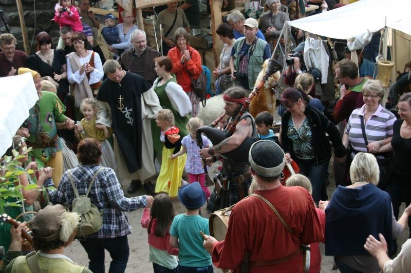 img_0108-burg-und-klosterfest-oybin-2013