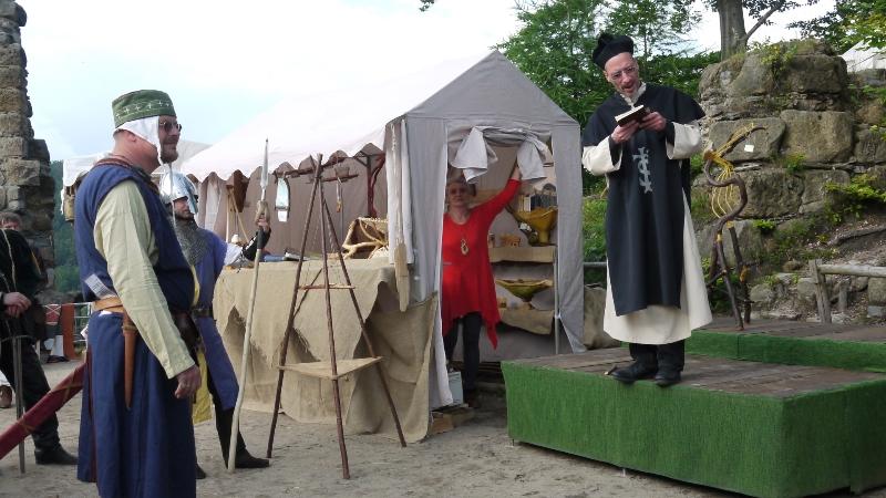 p1270457-burg-und-klosterfest-oybin-2013