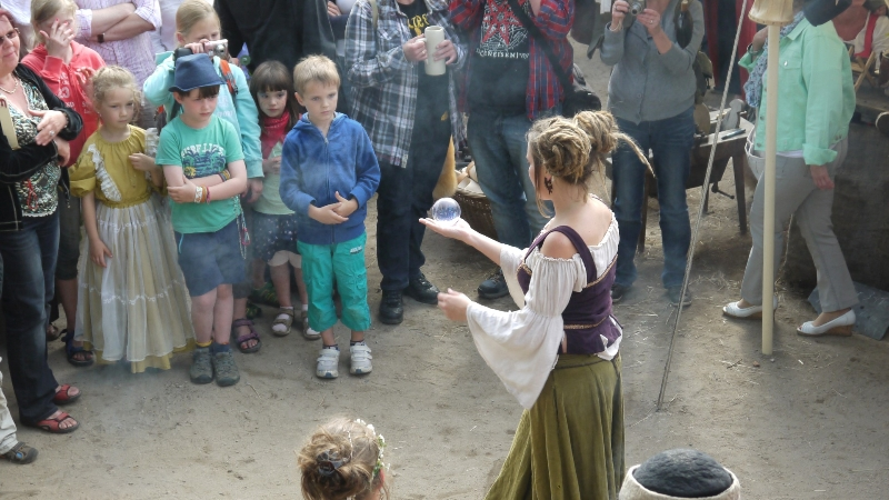 p1270752-burg-und-klosterfest-oybin-2013