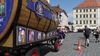 p1270342-loeber-bierwagenziehen-2013_02
