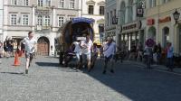 p1270354-loeber-bierwagenziehen-2013_02