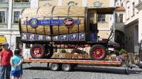 p1270363-loeber-bierwagenziehen-2013_02