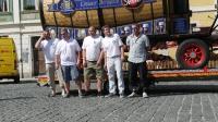 p1270366-loeber-bierwagenziehen-2013_02