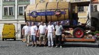 p1270367-loeber-bierwagenziehen-2013_02