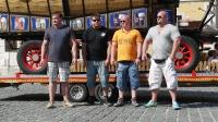 p1270373-loeber-bierwagenziehen-2013_02