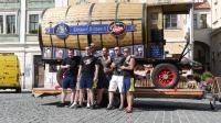 p1270377-loeber-bierwagenziehen-2013_02