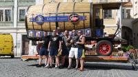 p1270378-loeber-bierwagenziehen-2013_02