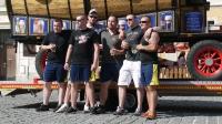 p1270379-loeber-bierwagenziehen-2013_02
