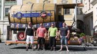 p1270383-loeber-bierwagenziehen-2013_02