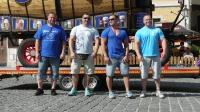p1270387-loeber-bierwagenziehen-2013_02