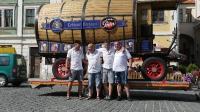 p1270389-loeber-bierwagenziehen-2013_02