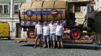 p1270392-loeber-bierwagenziehen-2013_02