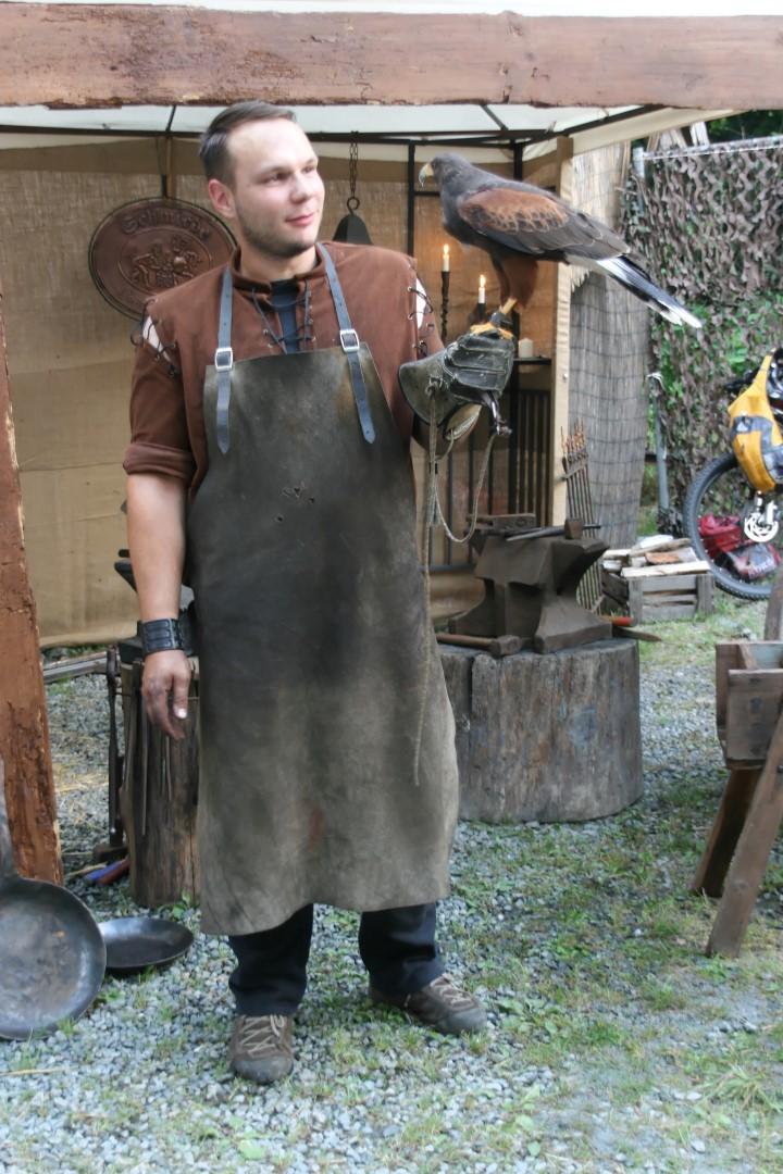 img_1380mittelalterliche_hofepark_zu_schoenbach