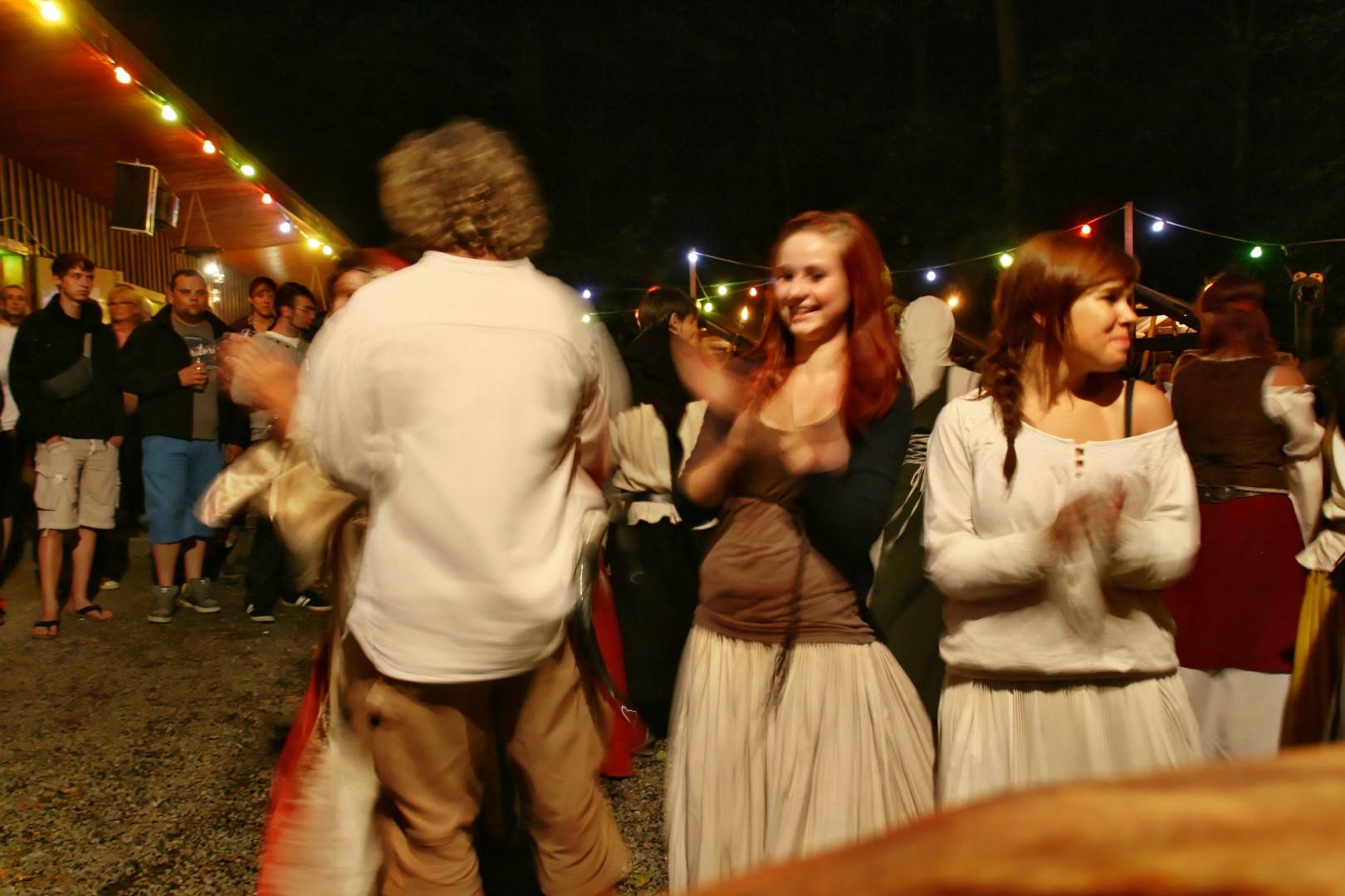 img_1448mittelalterliche_hofepark_zu_schoenbach