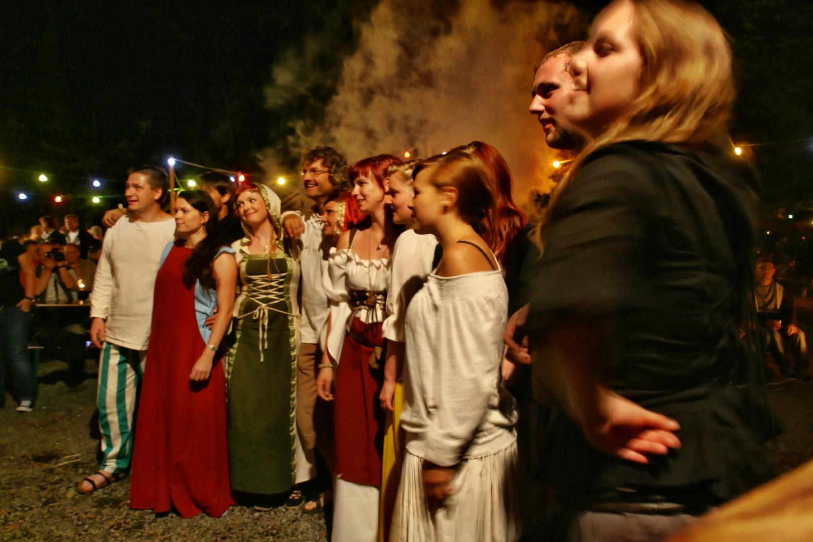 img_1458mittelalterliche_hofepark_zu_schoenbach